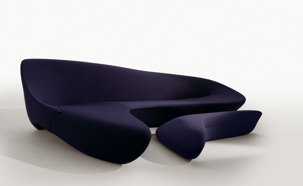 Ikea presta comodi sof ai pendolari parigini giordana for Divano zaha hadid